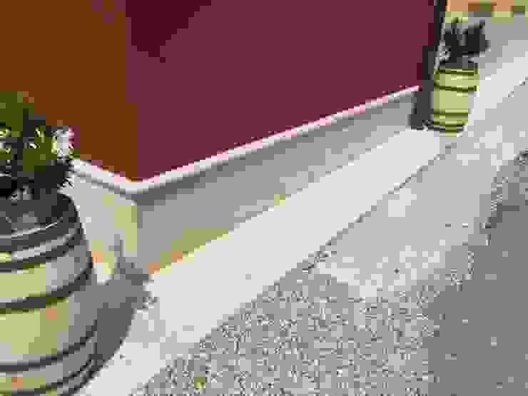 Rivestimento e pavimento in Pietra della Lessinia levigata Quintarelli Roberto Pietre Cantina moderna