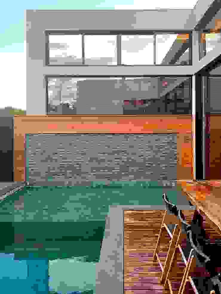 D arquitetura Piscinas de jardín Piedra Verde