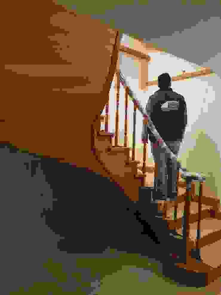 Ahşap Taşıyıcılı Dubleks Merdivenler MERDİVENCİ Klasik Ahşap Ahşap rengi