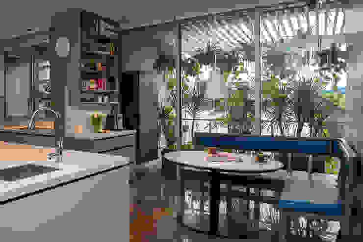Contemporary Breakfast Kitchen Nook Design Intervention Kitchen units