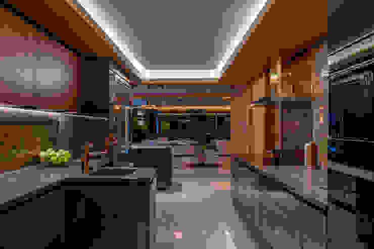 Luxury Open Plan Kitchen Design Intervention Modern kitchen