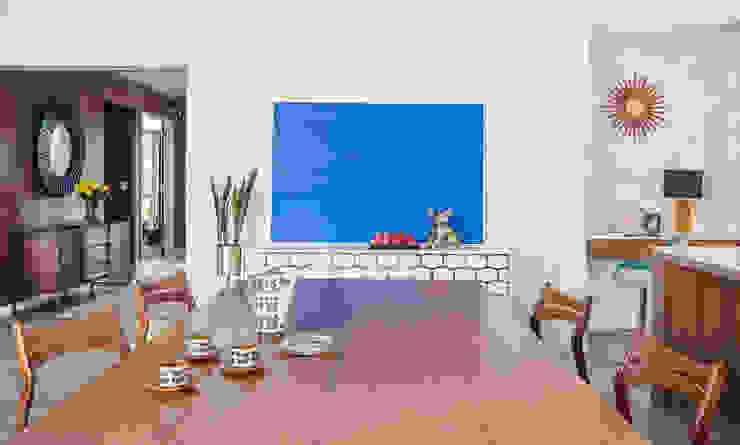 Mid-century Open Floor Plan Dining Room Design Design Intervention Modern dining room