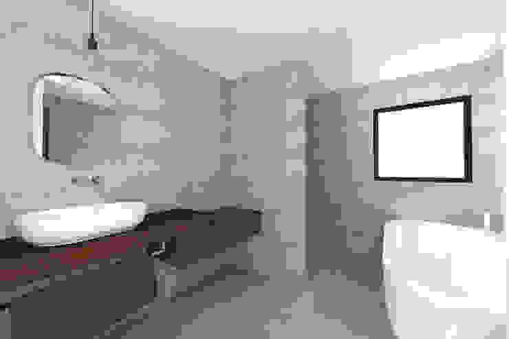 Lionel CERTIER - Architecture d'intérieur Bagno moderno