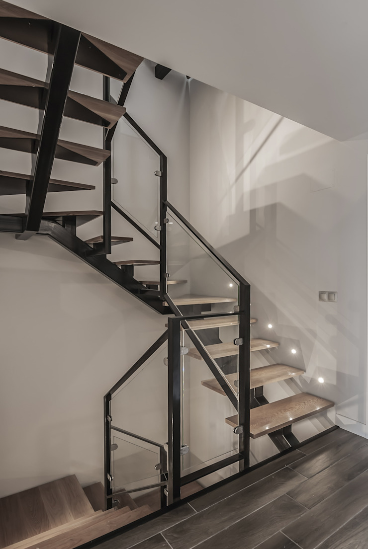 Simetrika Rehabilitación Integral Stairs Iron/Steel
