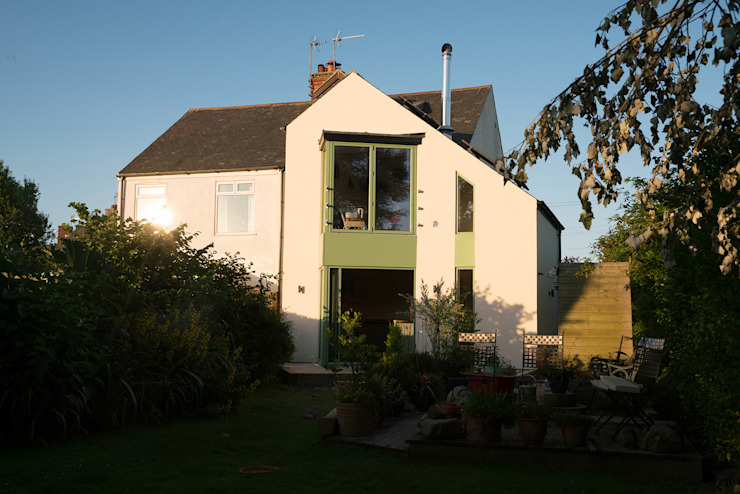 Sunset on our new passive solar home от Samuel Kendall Associates Limited Минимализм Алюминий / Цинк