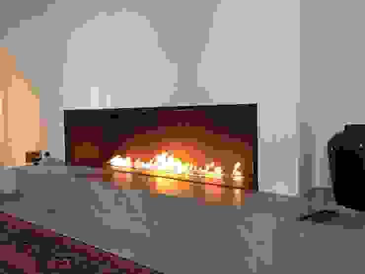 BIOLLAMA Mediterranean style living room