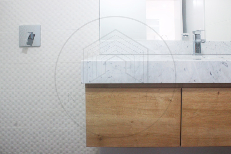 Baño MH Nicolas Elias Arquitectura Baños de estilo minimalista
