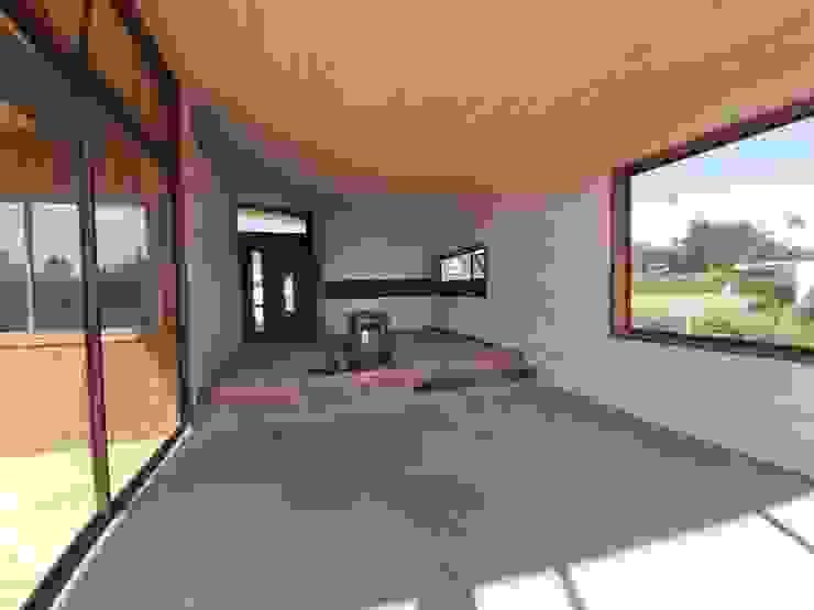 VIVIENDA, ALTO LAUQUEN , PICHILEMU Livings de estilo mediterráneo de KIMCHE ARQUITECTOS Mediterráneo Madera Acabado en madera