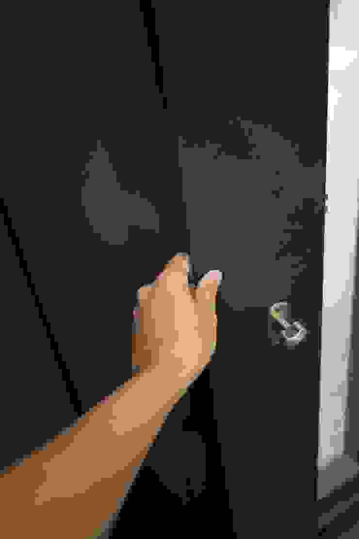玄關門 根據 日常鉄件製作所 簡約風 金屬