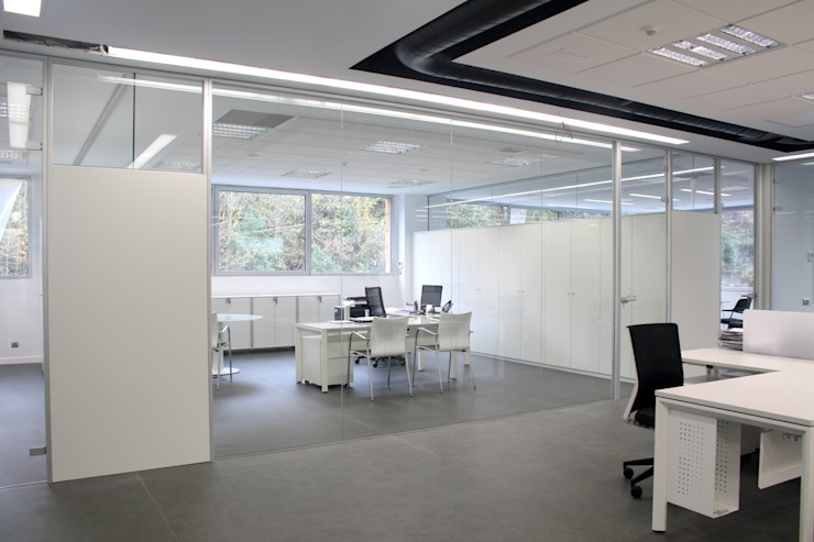 TABIQUES Y TECNOLOGIA MODULAR S.L Office buildings Glass White