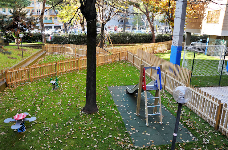 Parco giochi FAD Fucine Architettura Design S.r.l. Giardino anteriore