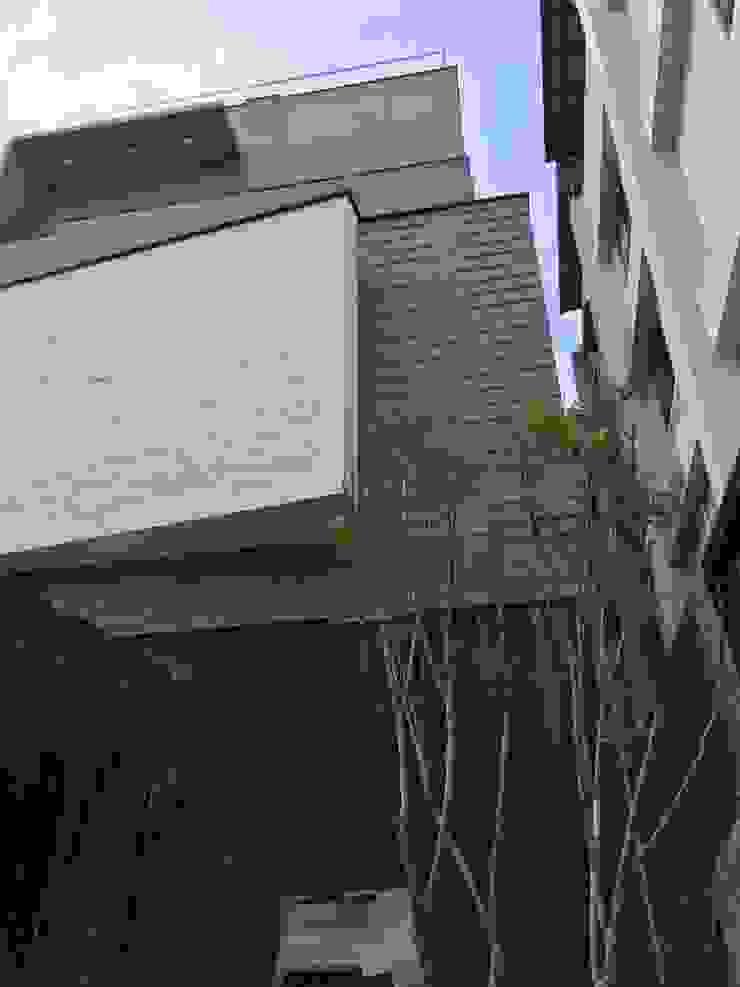 自地自建 根據 綠藝建築