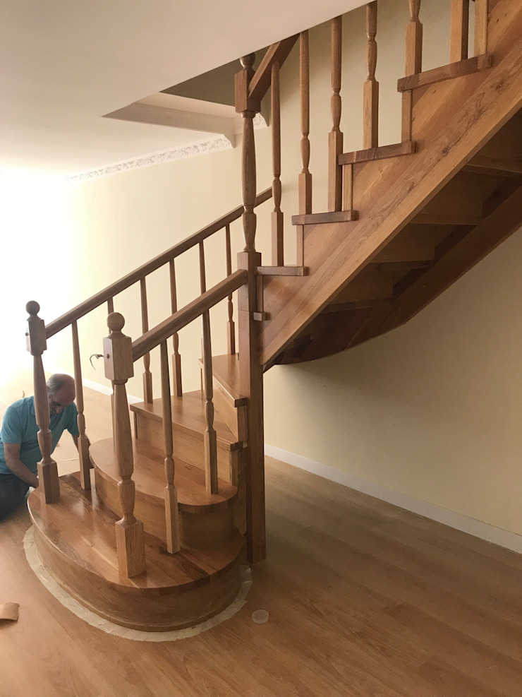 Dubleks merdiven , kririşli ahşap merdiven MERDİVENCİ Klasik Ahşap Ahşap rengi