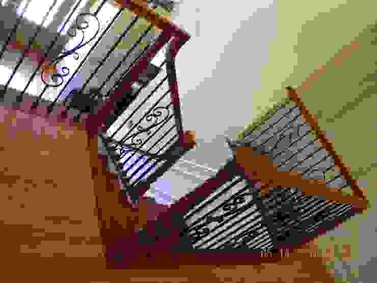 Dubleks merdiven ve küpeşte resimleri MERDİVENCİ Klasik Ahşap Ahşap rengi