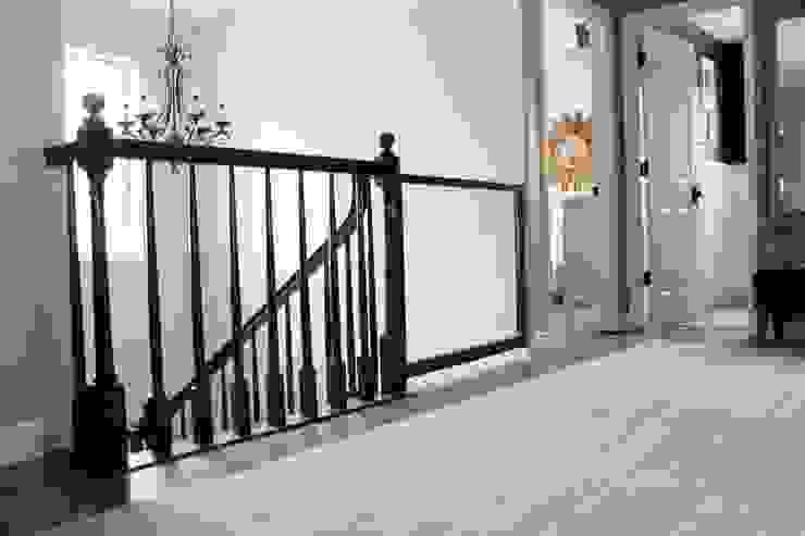 MERDİVENCİ – Modern merdivenler de, çocuk güvenlik kapıları: modern tarz , Modern Cam