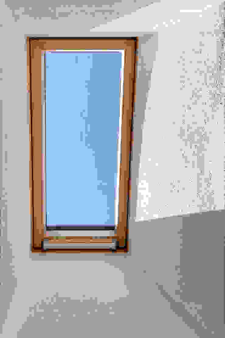 MAMESTUDIO Мансардні вікна
