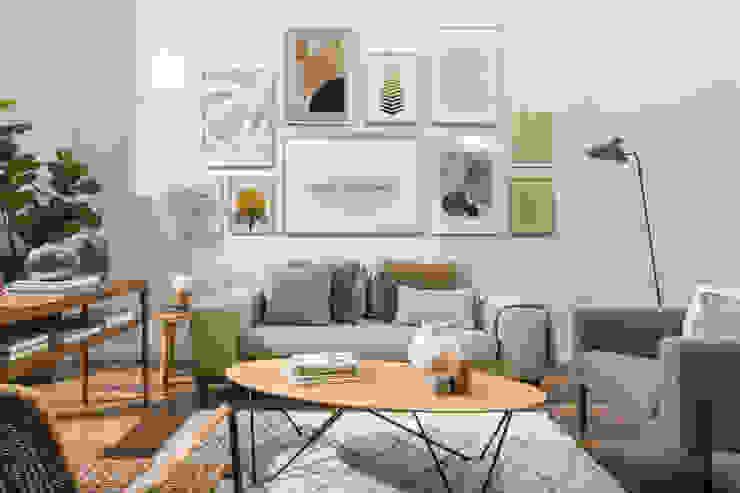 Modern dining room by ARTESTA Modern