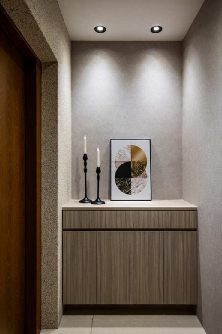 Eternal Moon – Residential Interior Design 勻境設計 Unispace Designs 現代風玄關、走廊與階梯