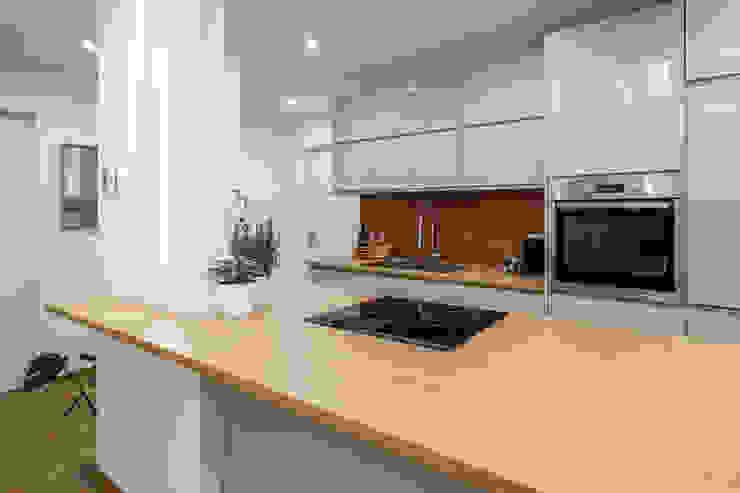 Casa AJ Architrek Cucina moderna