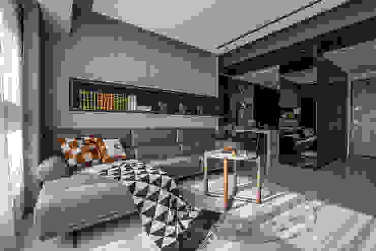Completeness – Condominium interior design 勻境設計 Unispace Designs 现代客厅設計點子、靈感 & 圖片