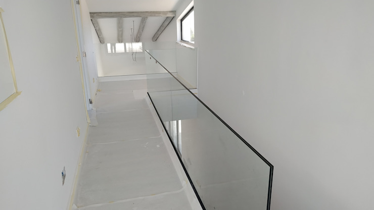 Torlaca Moderner Flur, Diele & Treppenhaus