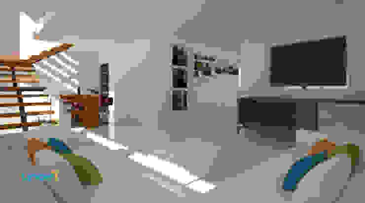 Residencia Lomas Salones modernos de Lynder Constructora e Inmobiliaria Moderno Cerámico