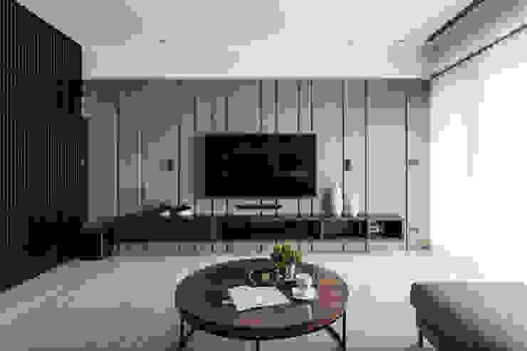 客廳電視牆 现代客厅設計點子、靈感 & 圖片 根據 大企國際空間設計有限公司 現代風