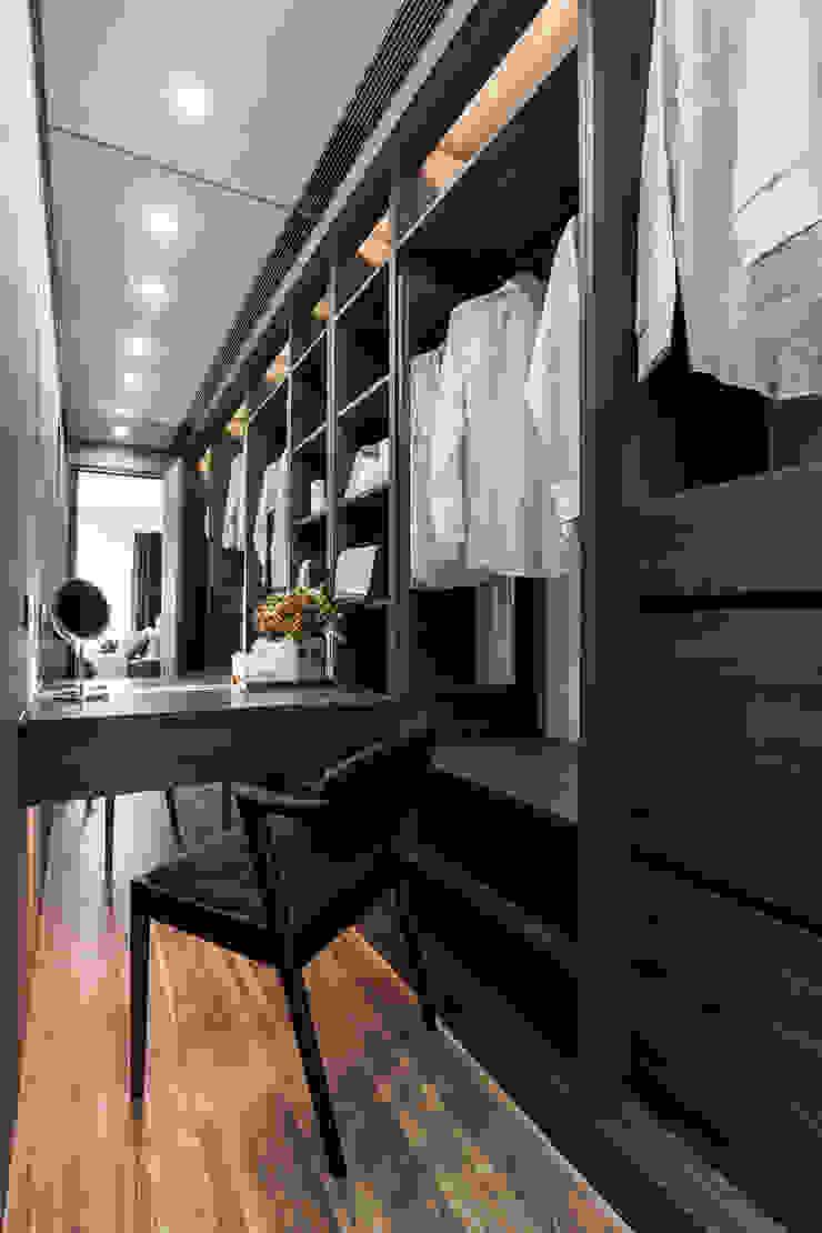 主臥更衣室 根據 大企國際空間設計有限公司 現代風
