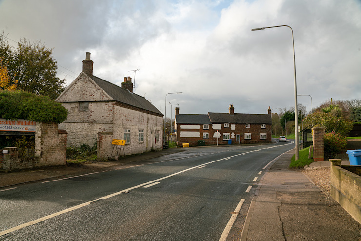 Previous Street Scene - East Yorkshire Passivhaus by Samuel Kendall Associates Limited Сучасний Вапняк
