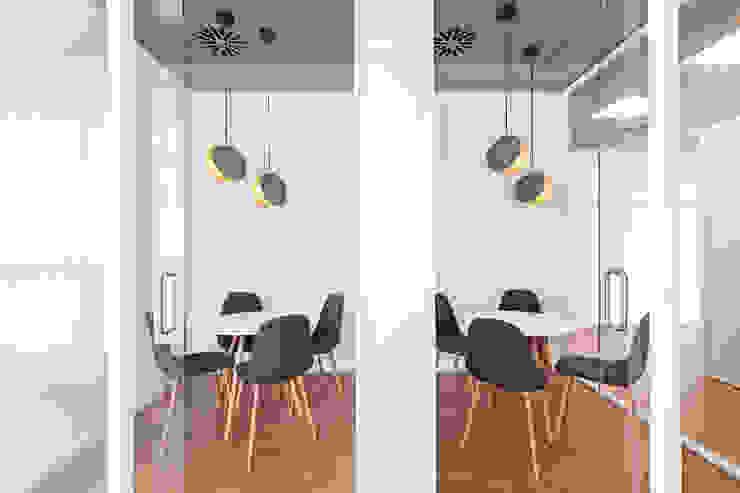Oficinas Allergy Therapeutics Barcelona ESTUDIO DE CREACIÓN JOSEP CANO, S.L. Oficinas de estilo moderno