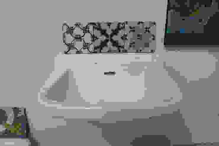 RECUPERANDO BRICK AND STONE BathroomSinks Ceramic White