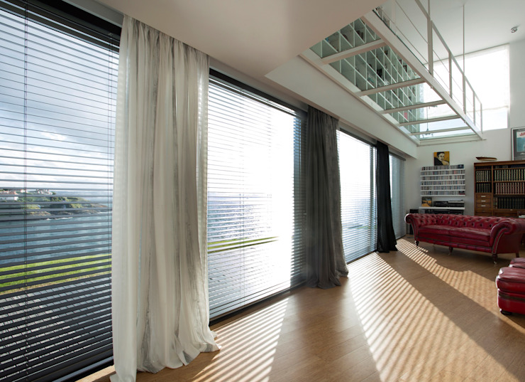 cortinas DIVERSA INTERIORISMO Vestíbulos, pasillos y escalerasAccesorios y decoración