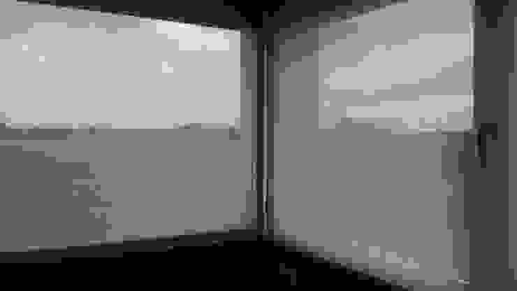 DIVERSA INTERIORISMO Windows & doorsBlinds & shutters