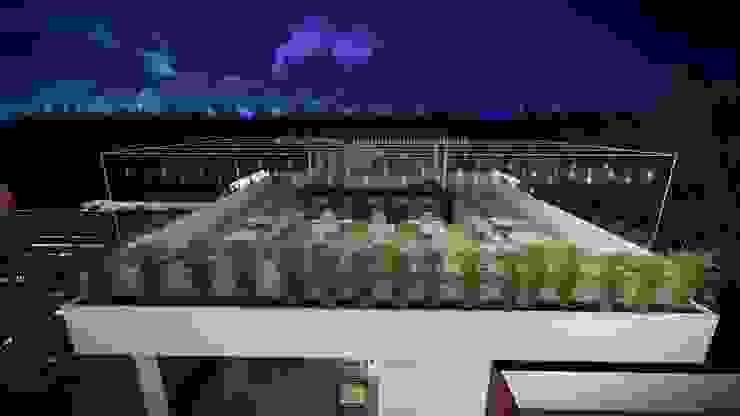 Diseño Arquitectónico – Terraza Bar Balcones y terrazas de estilo moderno de 4.19Arquitectos Moderno