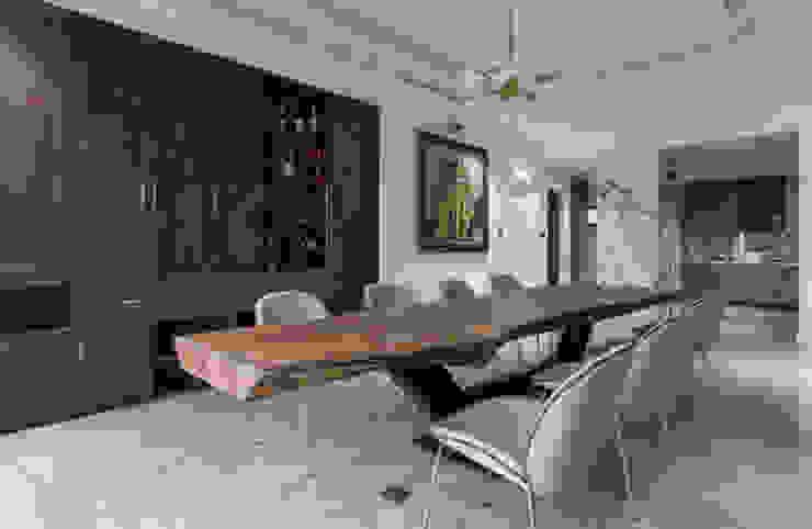 THIẾT KẾ NỘI THẤT CHUNG CƯ MULBERRY LAND Phòng ăn phong cách kinh điển bởi Neo Classic Interior Design Kinh điển