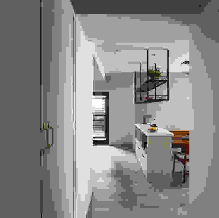 築室室內設計 Modern corridor, hallway & stairs