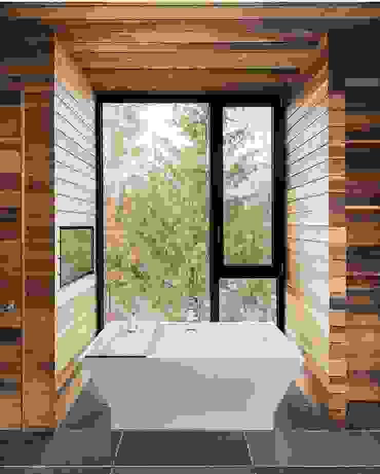 Green Living Ltd Modern style bathrooms Solid Wood