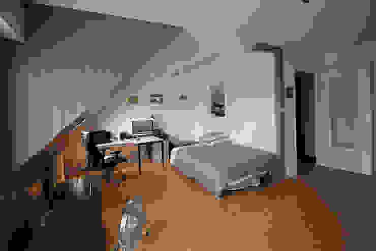 APPARTEMENT A SOUFFELWEYERSHEIM par Agence ADI-HOME Moderne