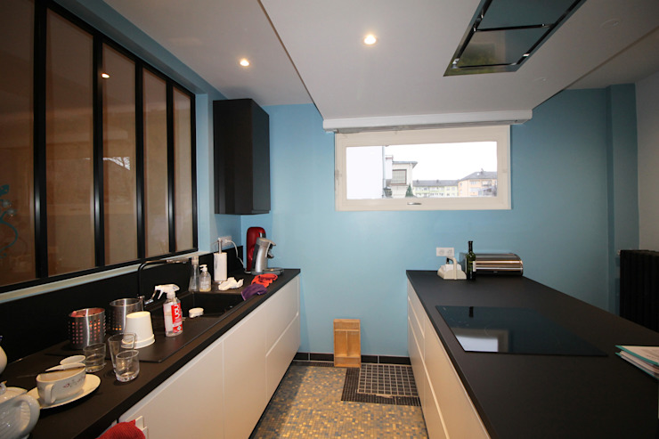 Agence ADI-HOME Built-in kitchens Bricks Blue
