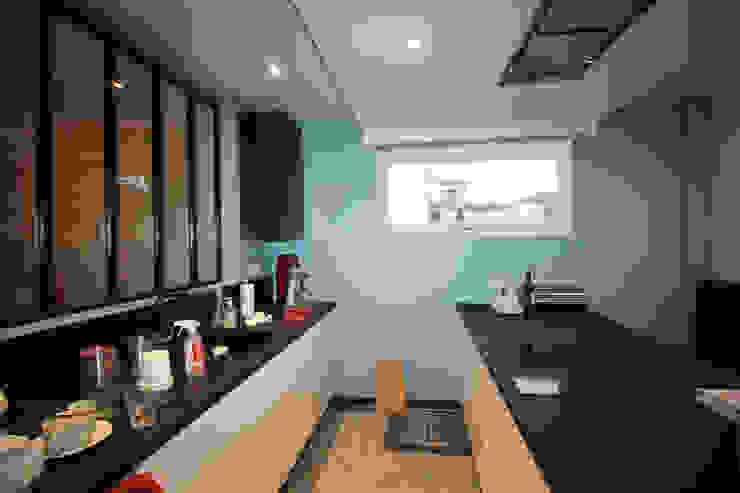 Agence ADI-HOME Dapur built in Batu Bata Blue