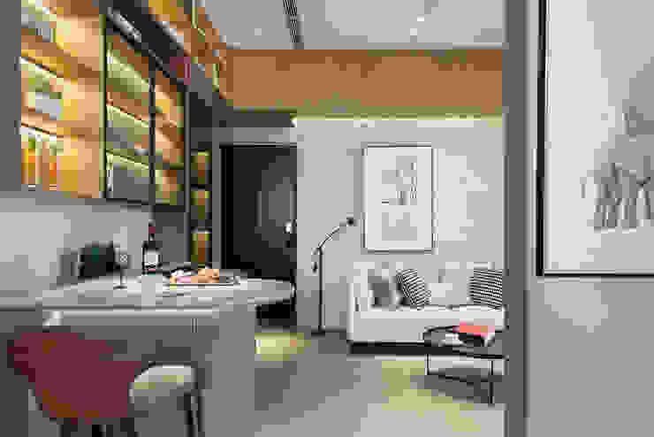腹有詩書氣自華 现代客厅設計點子、靈感 & 圖片 根據 伏見設計事業有限公司 現代風
