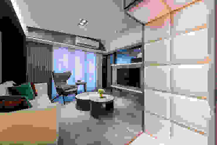 優雅人生 现代客厅設計點子、靈感 & 圖片 根據 伏見設計事業有限公司 現代風