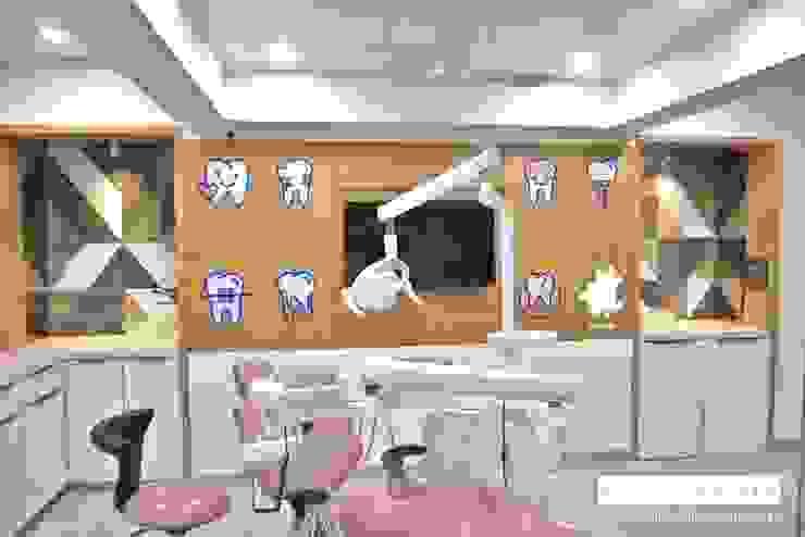 Dental Operatory Area Minimalist hospitals by prarthit shah architects Minimalist Wood Wood effect