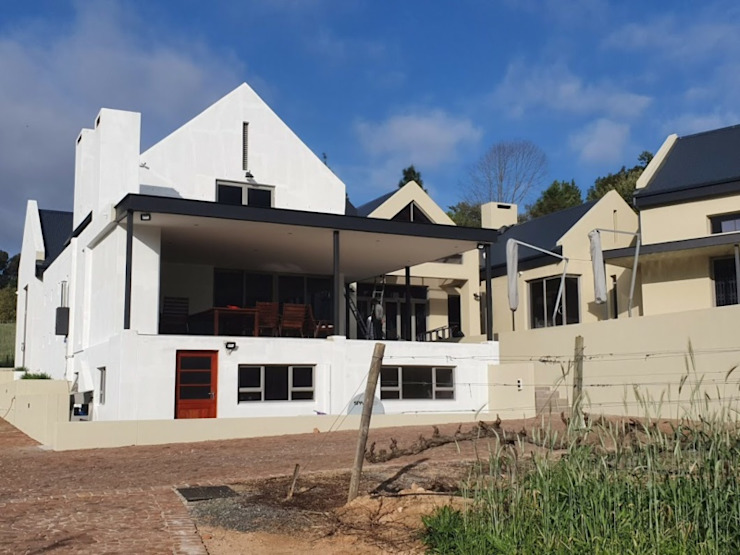 Painters Stellenbosch: colonial  by Painters Cape Town - Southern Suburbs, Colonial