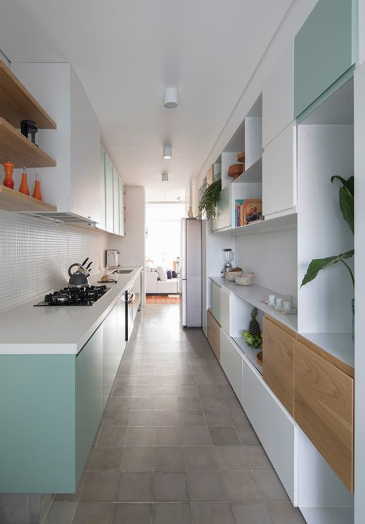 INÁ Arquitetura CocinaEstanterías y gavetas