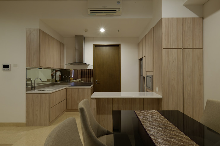 1 Park Avenue:modern  oleh Interior Kaka Permata, Modern Kayu Lapis