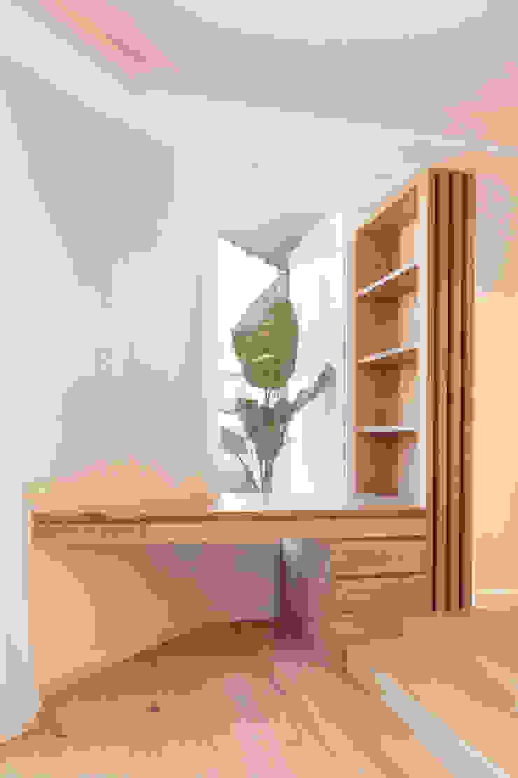 Vivienda calle Londres Estudios y despachos de estilo moderno de ESTUDIO DE CREACIÓN JOSEP CANO, S.L. Moderno