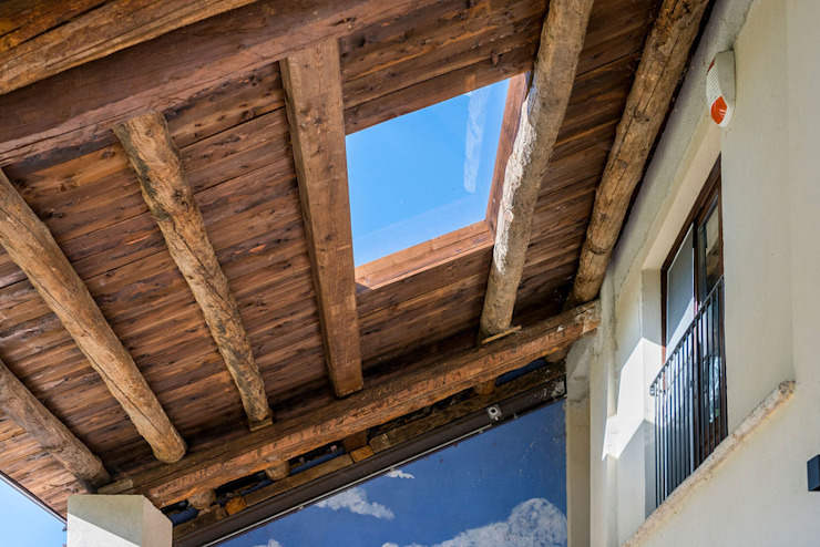 Fei Studio Roof Wood