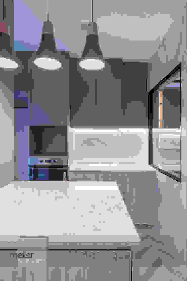 Warm Elegance Meter Square Pte Ltd Modern kitchen Quartz White