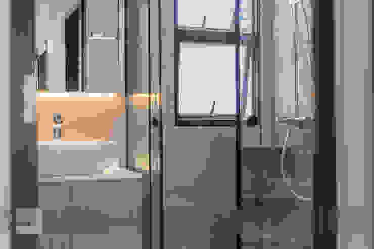 Warm Elegance Meter Square Pte Ltd Modern bathroom Tiles Grey